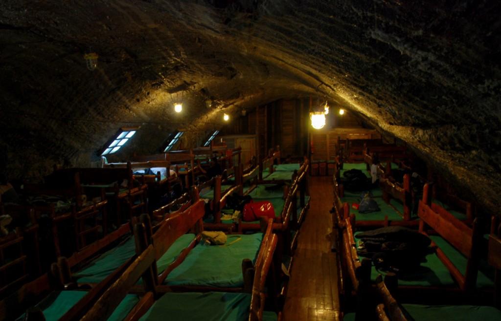 Schlafsaal im Salzbergwerk Bochnia