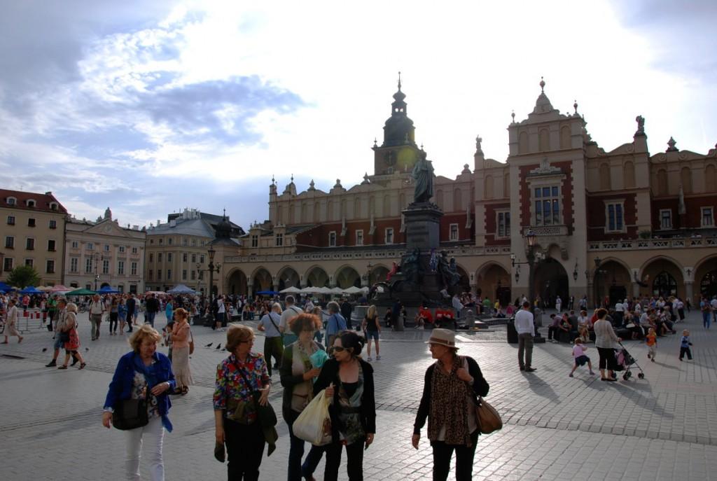 Hauptmarkt und Tuchhallen