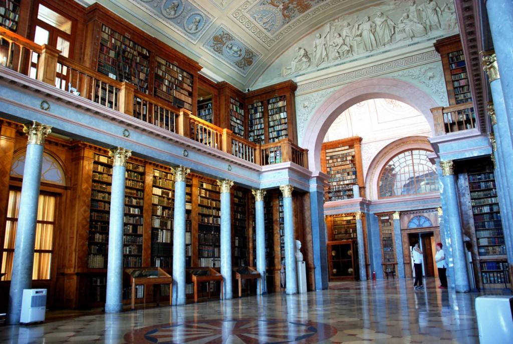 Die Bibliothek der Benediktiner Erzabtei Pannonhalma